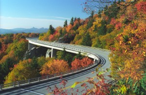 Linn Cove viaduct McRae
